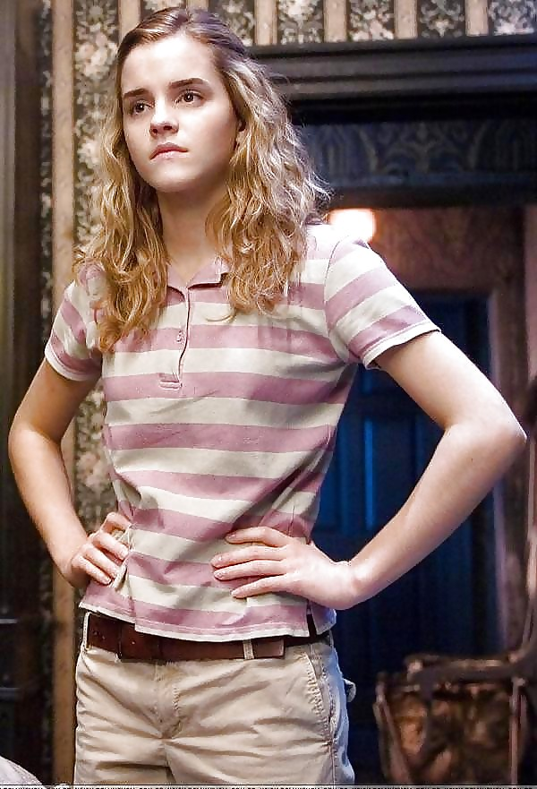 Young Teen Pictures: Sexy Emma Watson